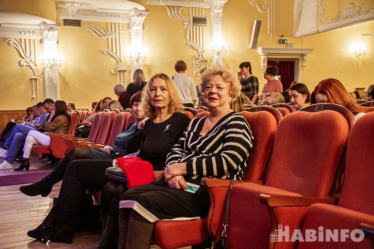 Бархатный экстаз: концерт Chanda Rule и трио Олега Бутмана в Хабаровске