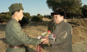 Лидеры КНДР и гвардейская танковая дивизия