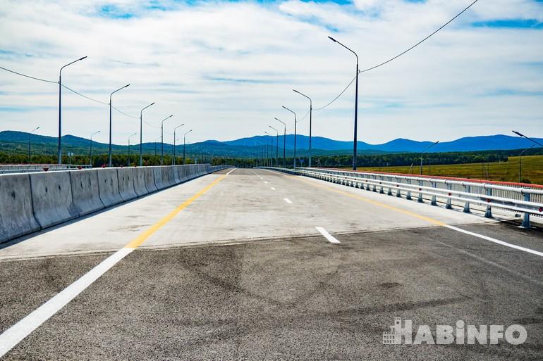 В рамках нацпроекта Хабаровский край получит сотни километров новых автодорог
