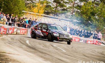 Опасные гонки в Хабаровске: дрифтеры закрыли летний сезон