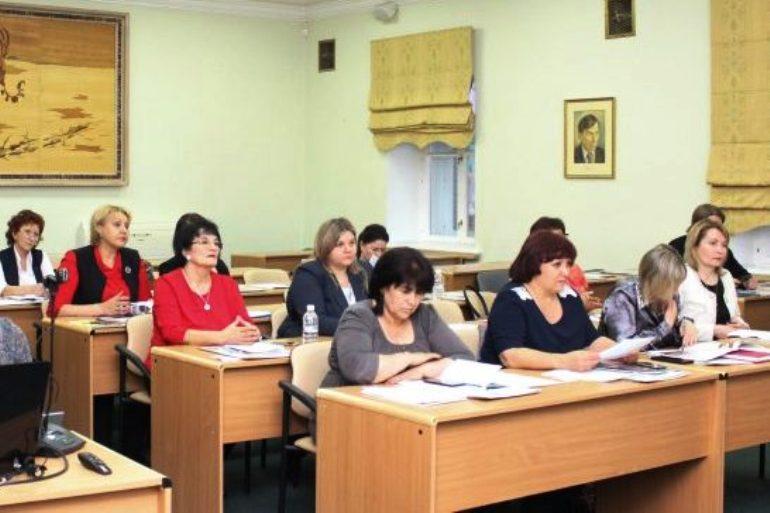 Красота по-таджикски: чем сейчас живёт диаспора в Хабаровске