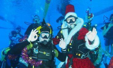 Ластвуй, Дедушка Мороз! – хабаровские дайверы отпраздновали Новый год под водой
