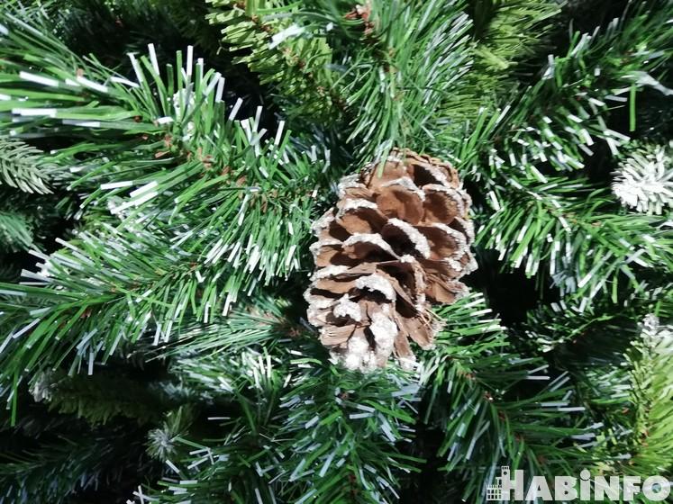 елка на новый год 2021