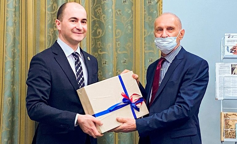 Арсеньевская награда: литературное признание Станислава Глухова и Владимира Василиненко
