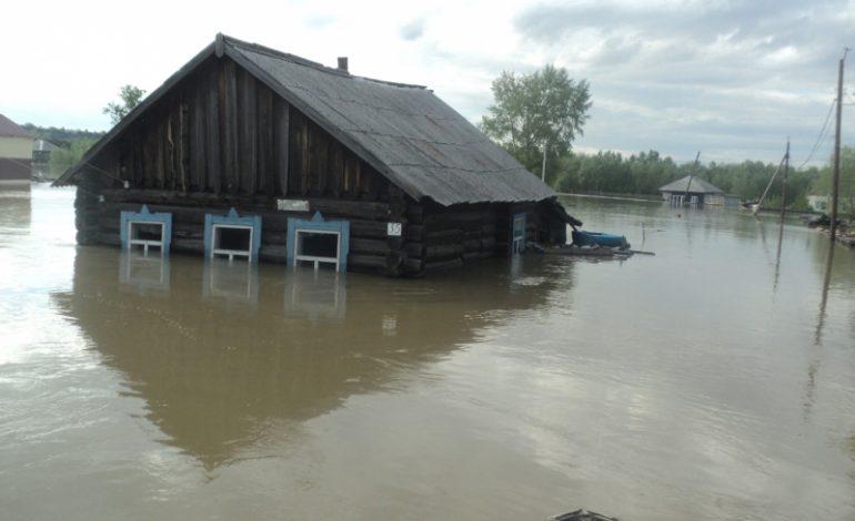 Компенсации за наводнение не ждите: краевой Минсельхоз встретился с фермерами