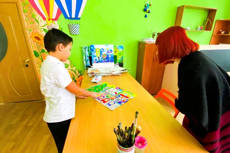 Идут не по шаблону: почему молодые специалисты любят работать с особенными детьми?