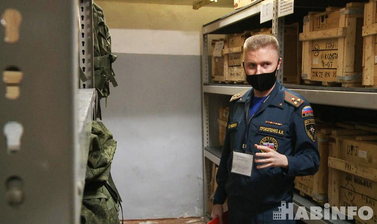 Бомбоубежище в Хабаровске: журналистам показали подземный бункер