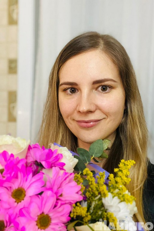 «Хотим цветов, внимания и отдыха»: чем порадовать девушку 8 марта?
