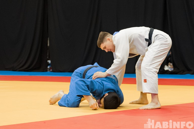 Хабаровские дзюдоисты провалили турнир памяти Василия Ощепкова