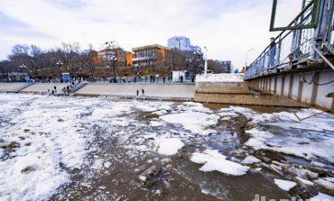 Главное природное «шоу» весны: ледоход 2021 в Хабаровске