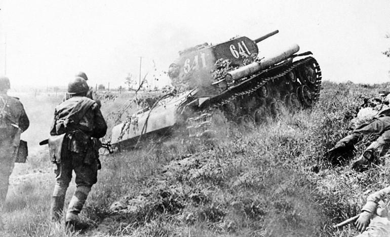 Хабаровские танкисты в боях за родину