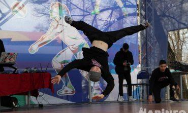 Брейкинг на Амуре: побеждает тот, кто танцует