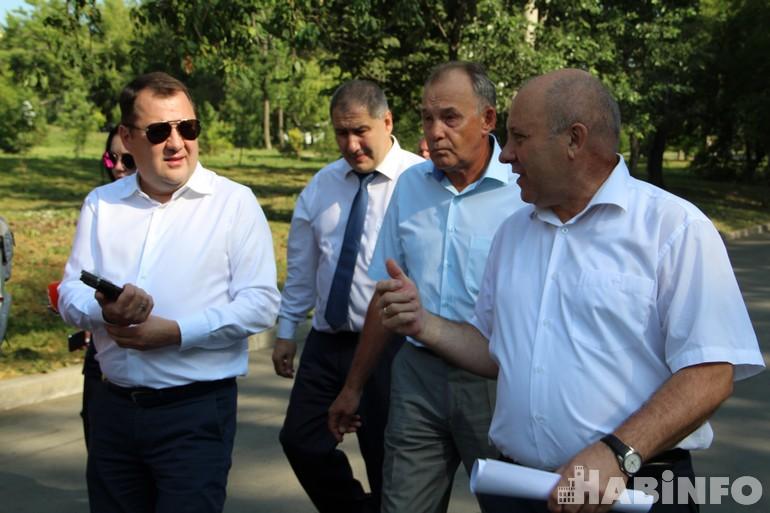 «Город становится лучше!»: заместитель министра строительства и ЖКХ РФ посетил Хабаровск