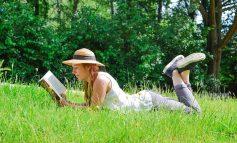Топ-7 летних книг: читаем быстро и интересно