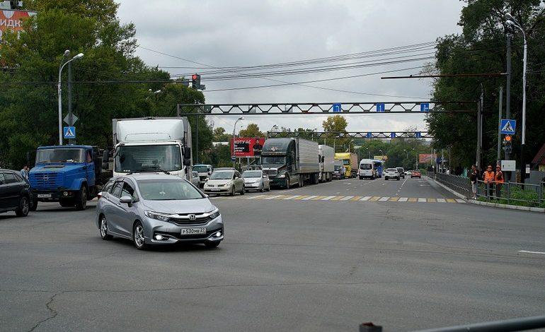 Эксперимент не удался: на Воронежской снова пробки