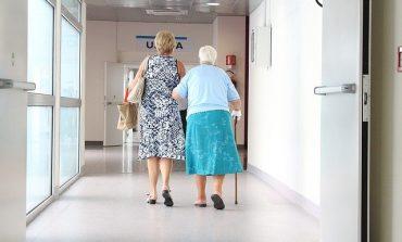 Когда пропадает опыт: невролог о старческих болезнях