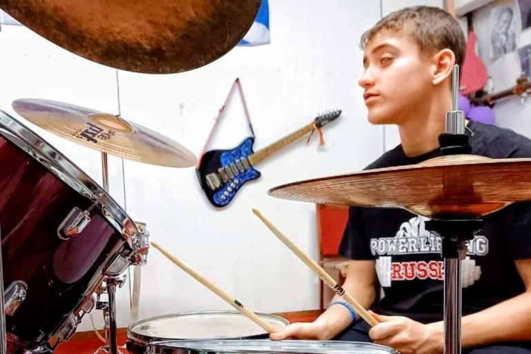 Поющие во тьме: «шестое чувство» юных музыкантов