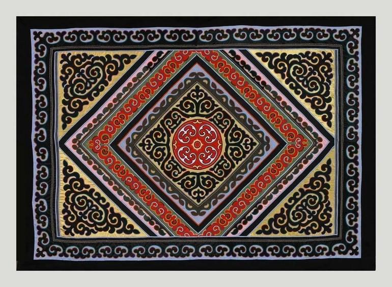 Миф о трёх солнцах на нанайских коврах из коллекции Дальневосточного художественного музея