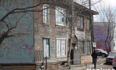 Не устраивает - берите ипотеку: в Хабаровске начали расселять бараки