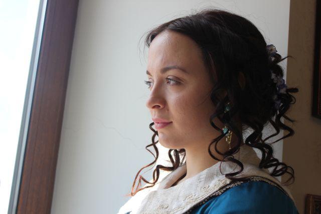 Тем временем графиня томно смотрит на Амур, с которого только-только сошел лед. фото Катерины Ушаковой