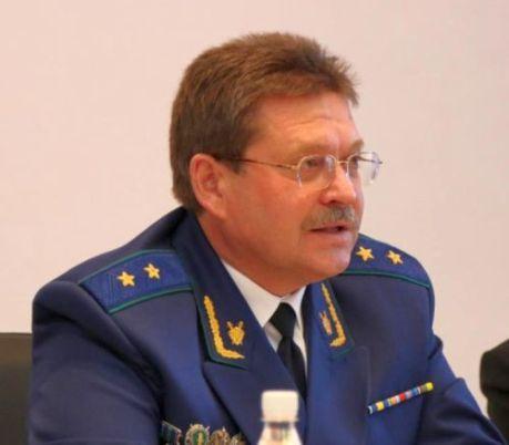 Доход за 2013 год Виталий Каплунов, как следует из декларации, получил в 4,1 млн рублей в год или 345,6 тыс. рублей в месяц.