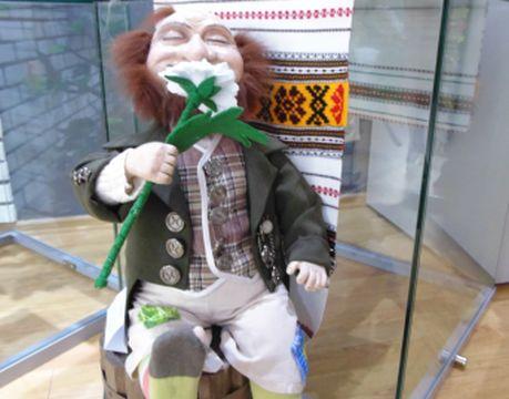 Липрикону в исполнении Ольги Клибер (Хабаровск) на выставке было совсем не грустно