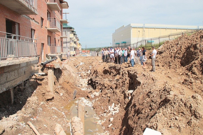Из-за дождей подрядчики не  успевают в срок. Фото пресс-службы мэрии Хабаровска