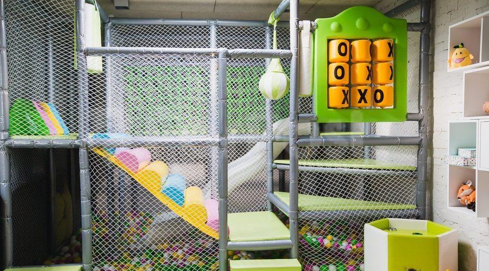 Ресторан с детской игровой зоной город ребенок
