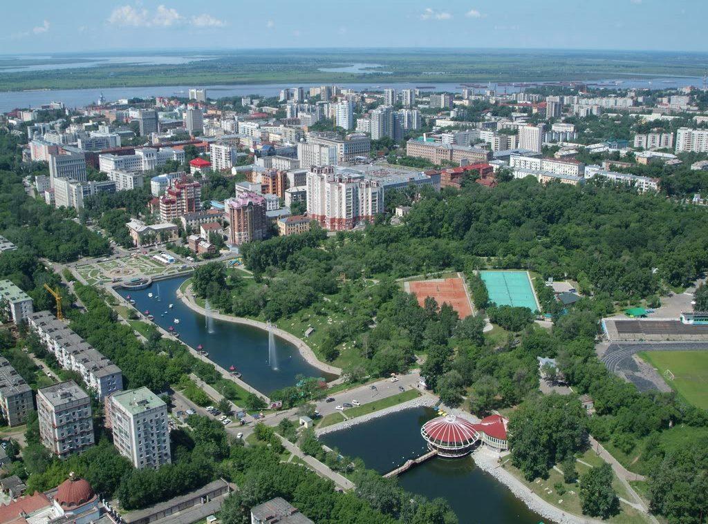 Величественная панорама города открывается с борта теплохода