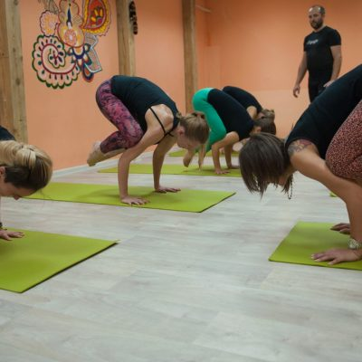 Занятия в B.Yoga центре. Руководитель Алексей Соснин   (11)