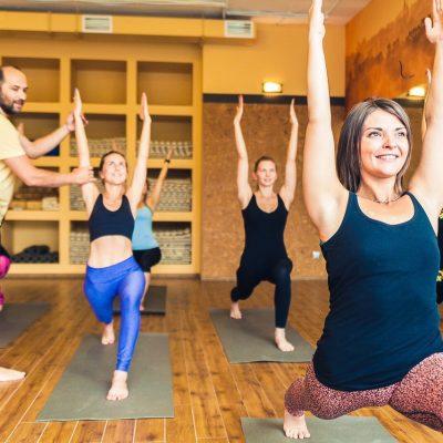 Занятия в B.Yoga центре. Руководитель Алексей Соснин   (7)