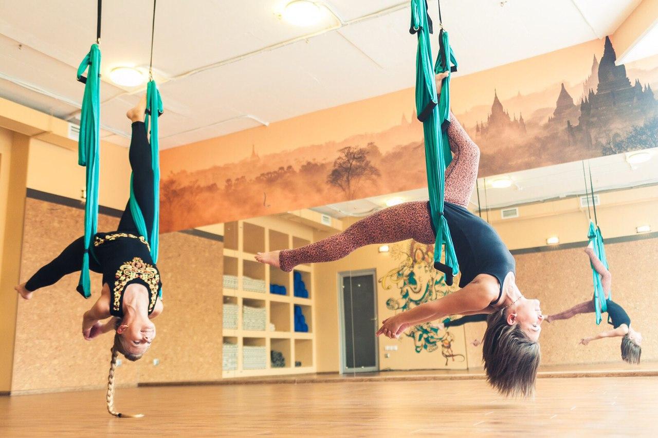 Занятия в B.Yoga центре. Руководитель Алексей Соснин (8)