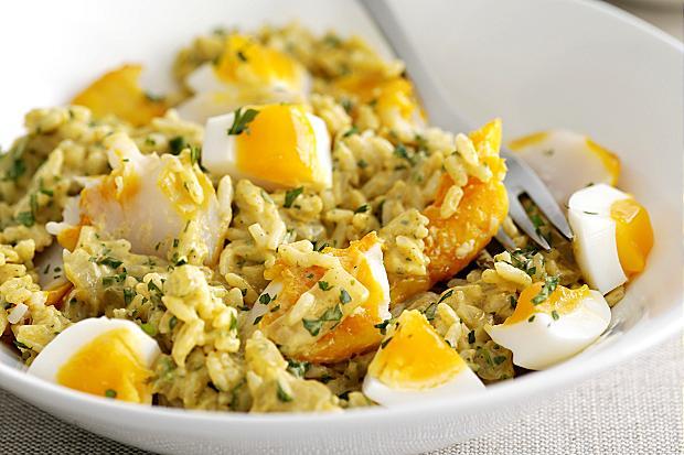Английский кеджери: рис, рыба, яйцо. Вкусно!