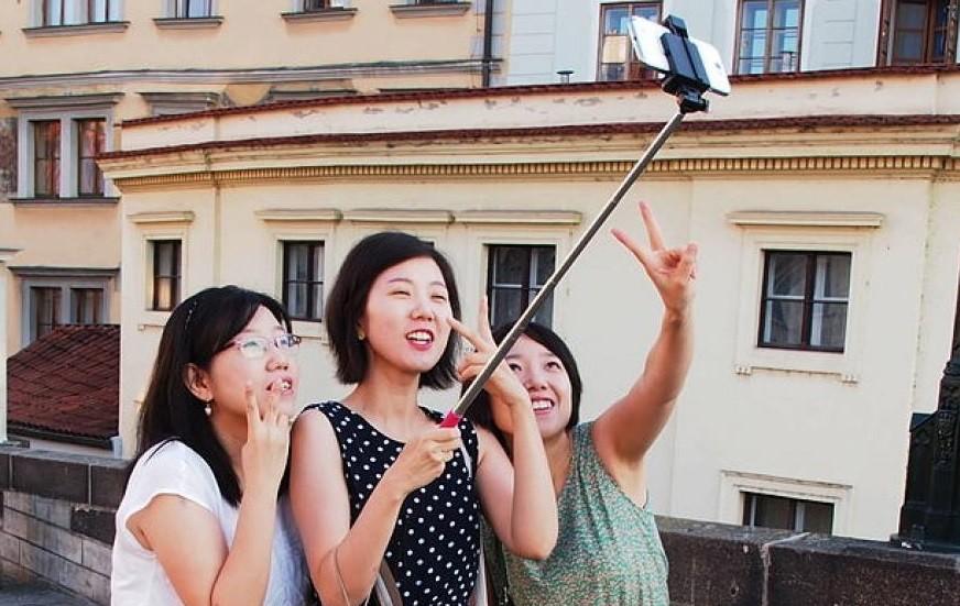 На сегодняшний день лишь 5% населения Китая обладают загранпаспортами. Как видим, потенциал туристического рынка Китая очень высок.