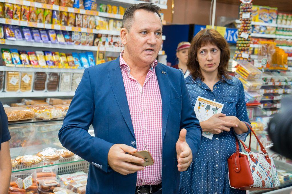 Аликас Федирк подходит к продаже алкоголя со всей ответственностью