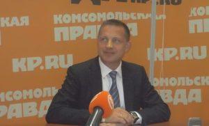 Идеолог проекта - бизнесмен Сидоренко - уверен: войны с жильцами не будет. Интересно, знают ли об этом жильцы?