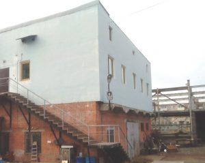 Двухэтажный незарегистрированный офис скрывают под названием «Мастерские». Фото из архива редакции
