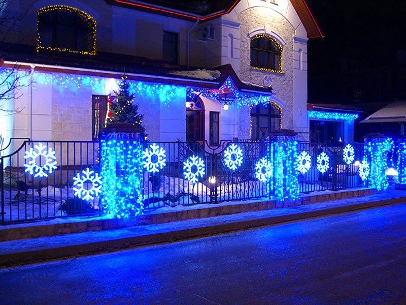 Оформление фасадов с новым годом