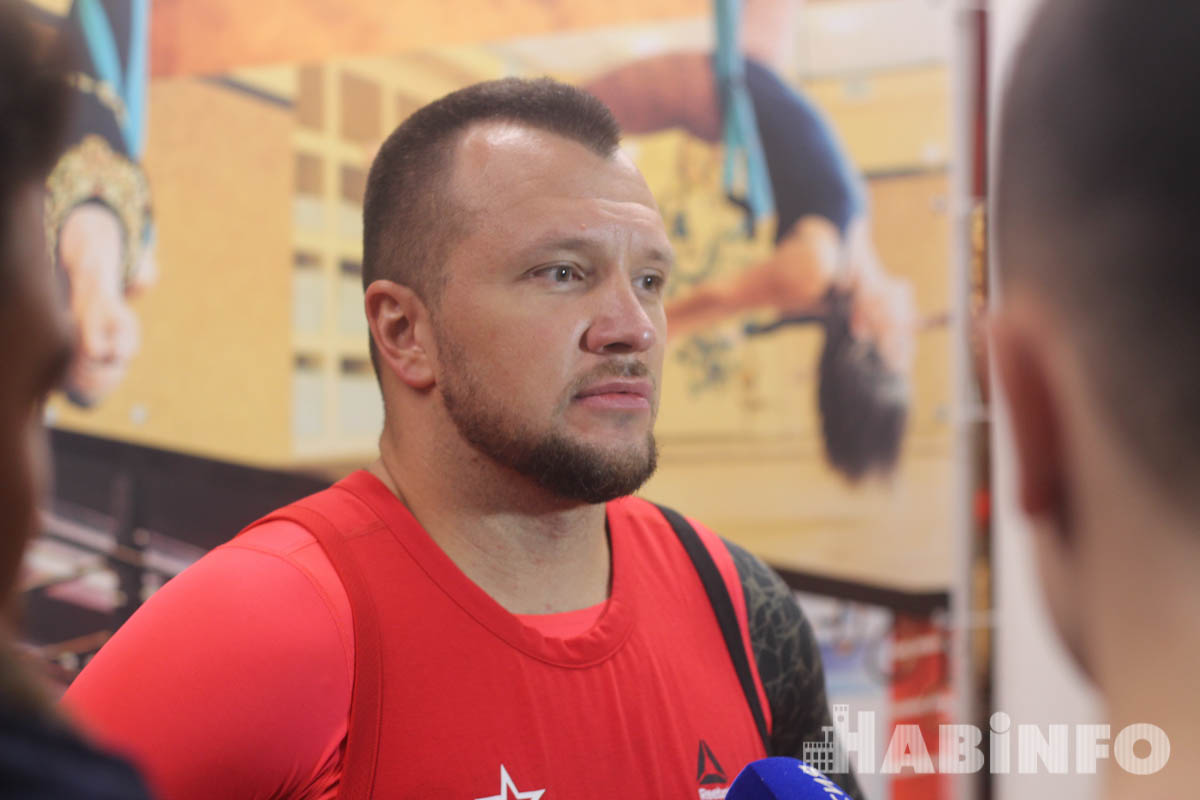 Заслуженный тренер России Максим Воронов провел мастер-класс для хабаровских спортсменов (ФОТО)