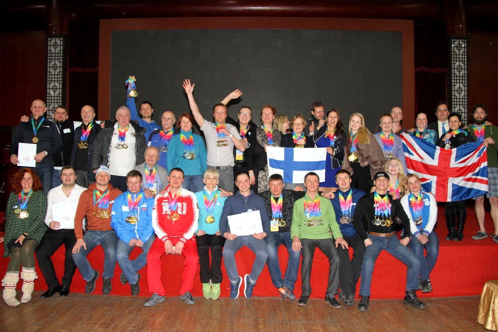 Хабаровчане стали победителями и призерами Кубка мира по зимнему плаванию (ФОТО; ВИДЕО)