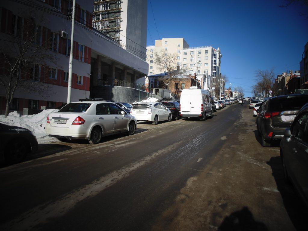 Как решить проблему парковок в Хабаровске?