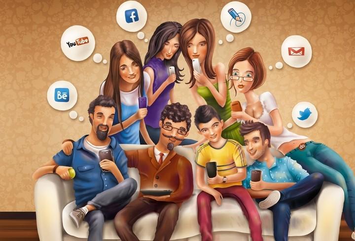 Четыре плюса общения в социальных сетях