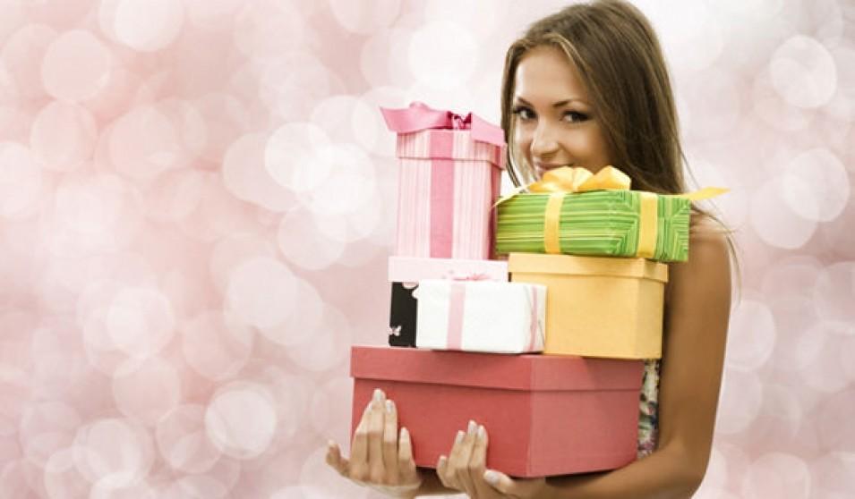 Картинки подарки девушкам 56