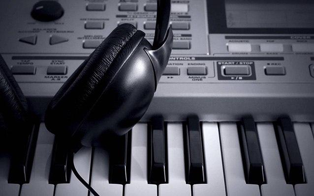 наушников выбираем музыка хороший хорошо телефон
