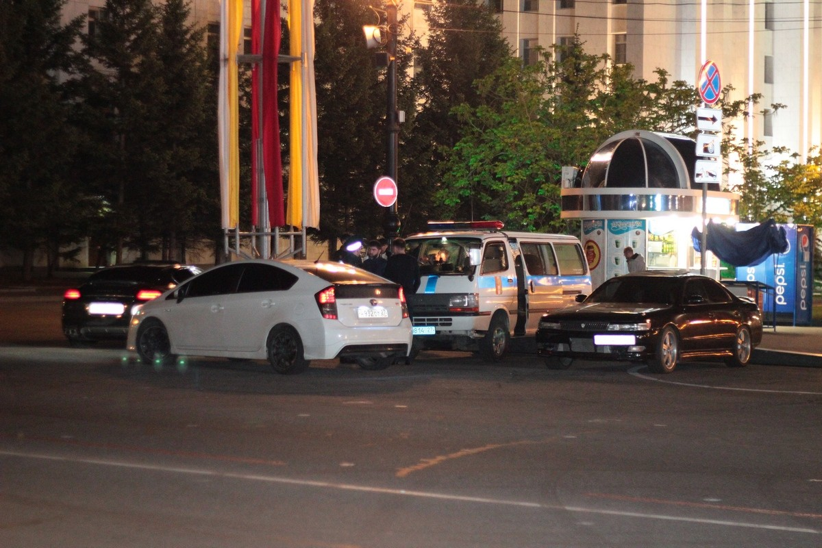 Тонировщиков, дрифтеров и кальянщиков ищут по ночам хабаровские полицейские