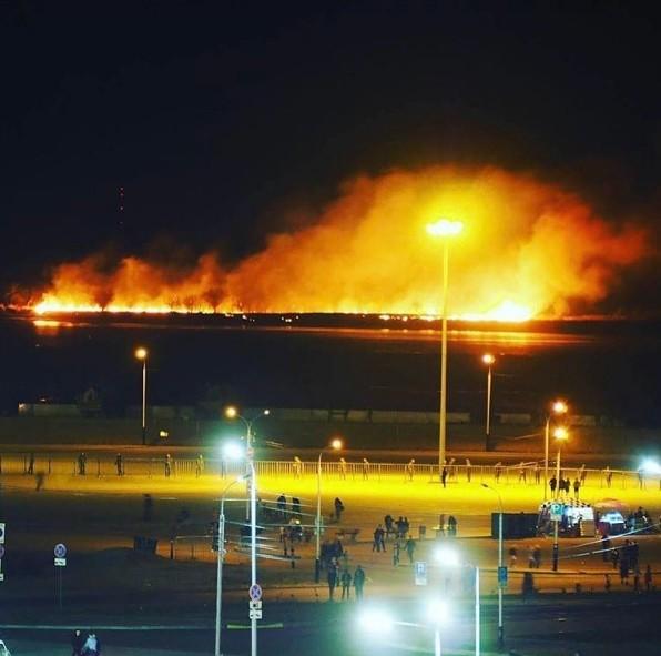 Праздничный салют мог стать причиной пожара?