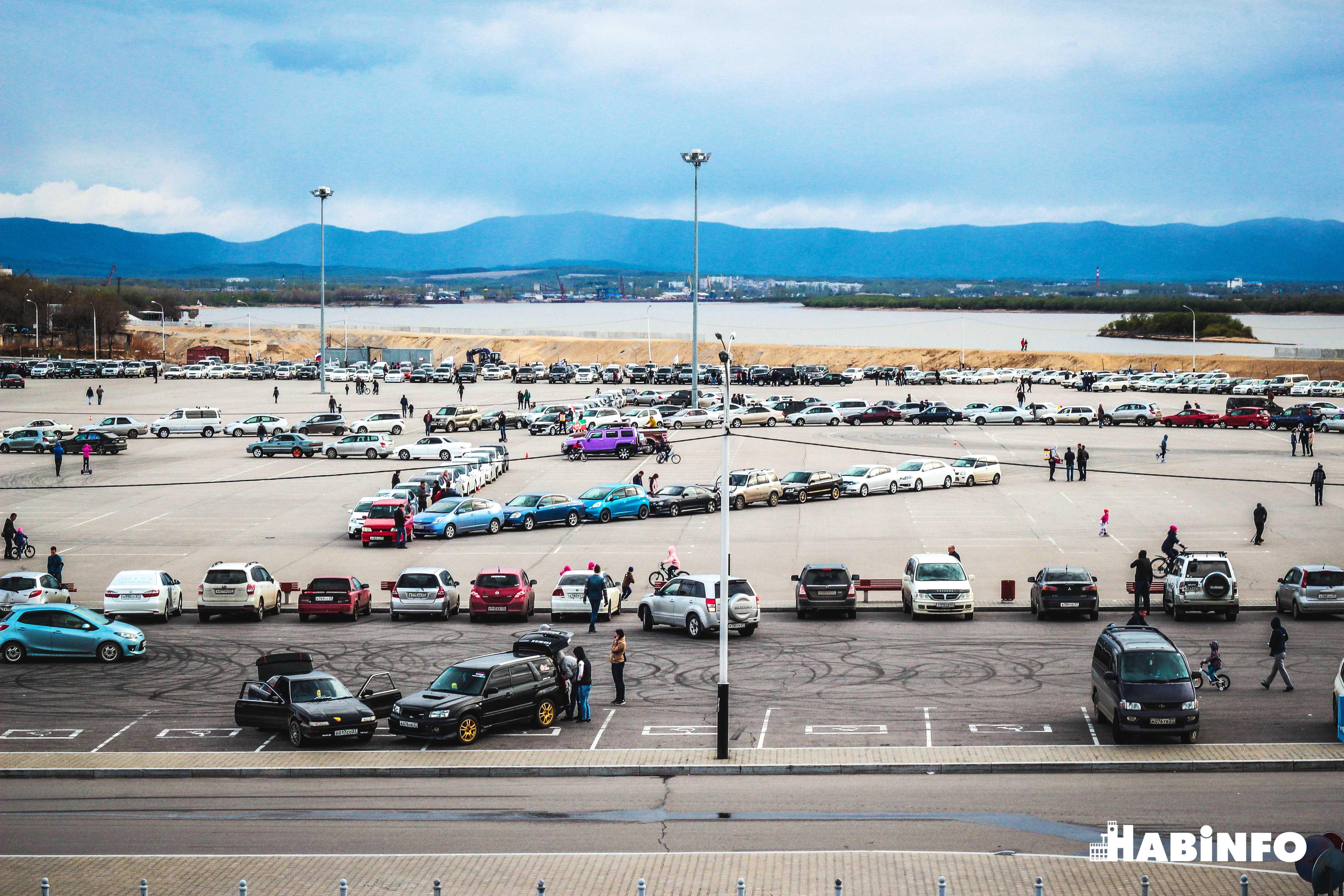 Огромная звезда из 500 автомобилей засияла на Ерофее ко Дню Победы (ФОТО)