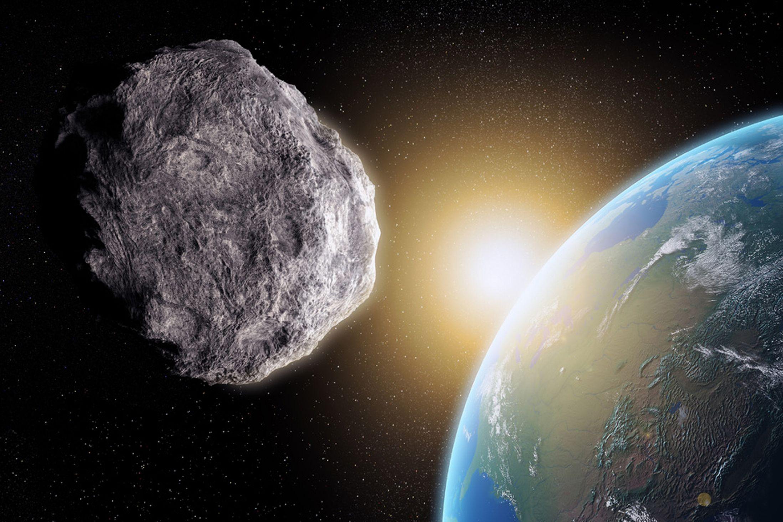 День астероидов и День разбрасывания монеток