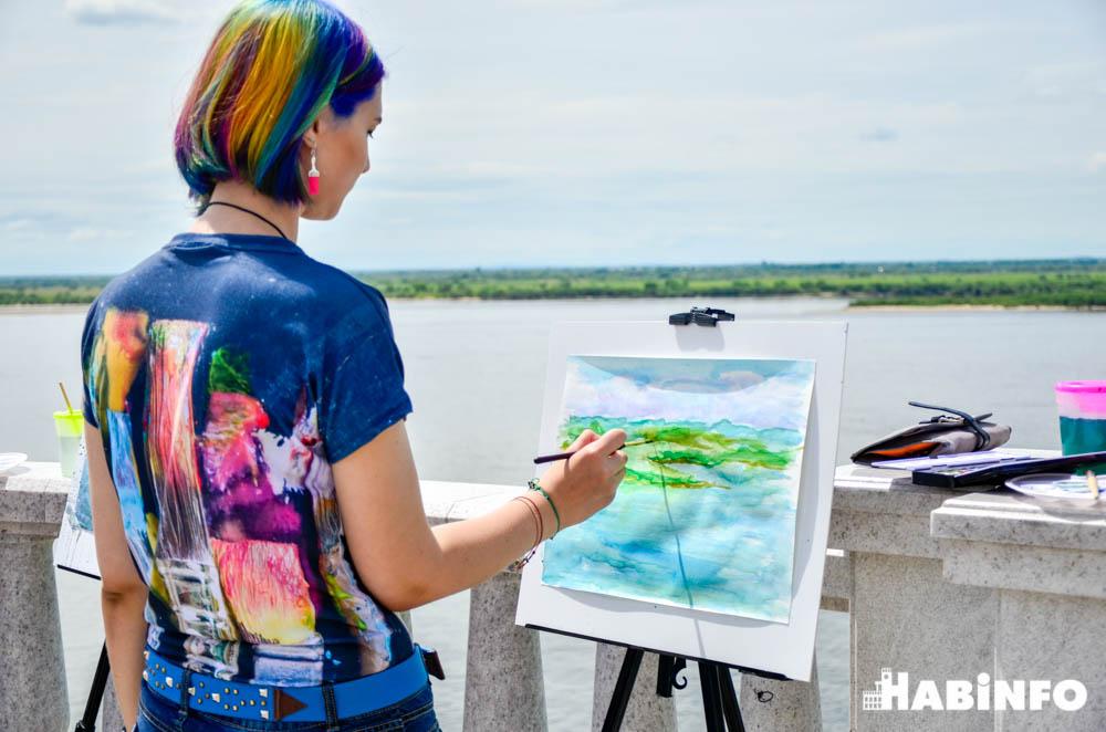 Живопись на берегу Амура: хабаровские художники выбрались на пленэр