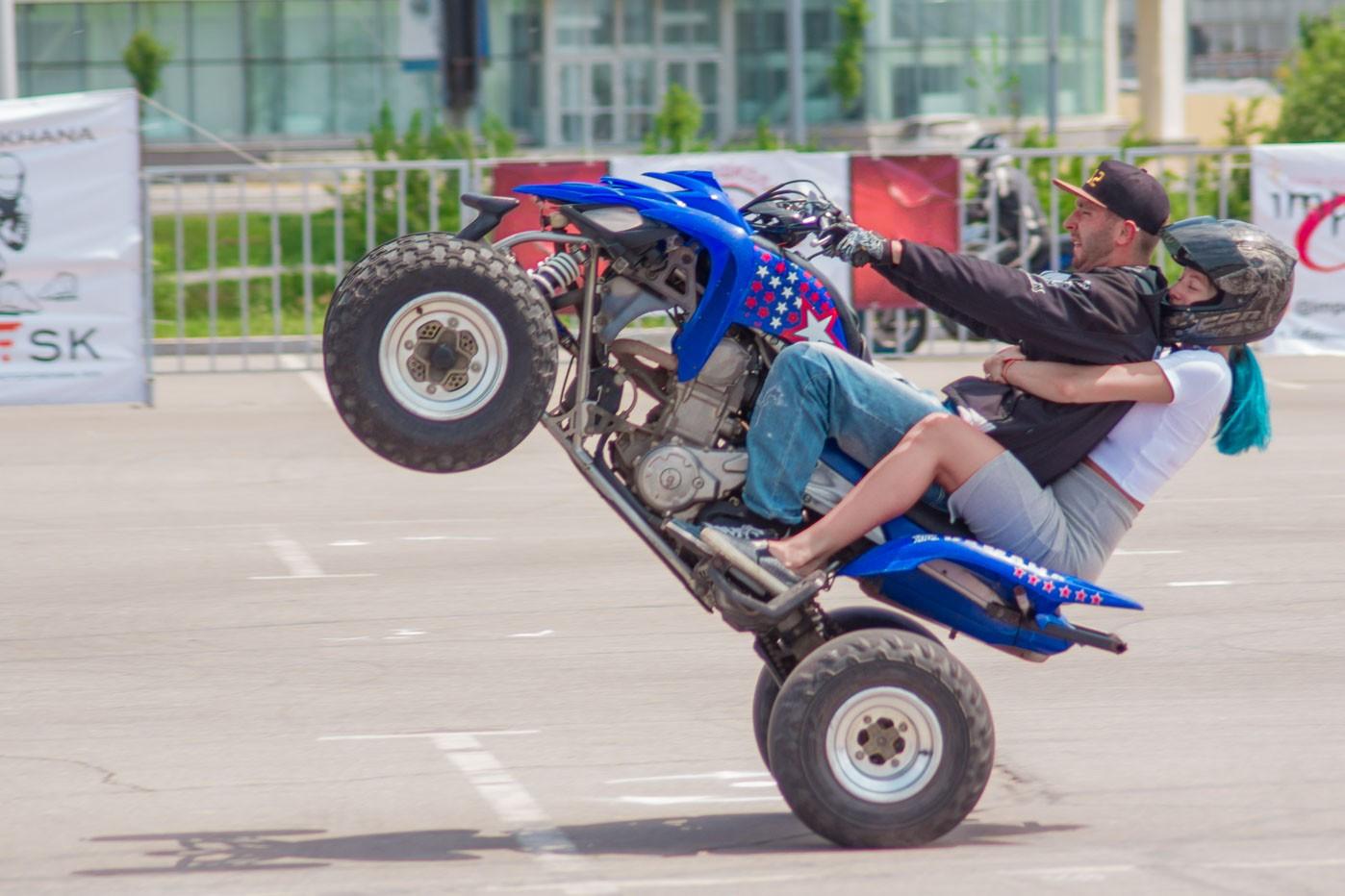Фигурное вождение байков: первая мотоджимхана прошла в Хабаровске